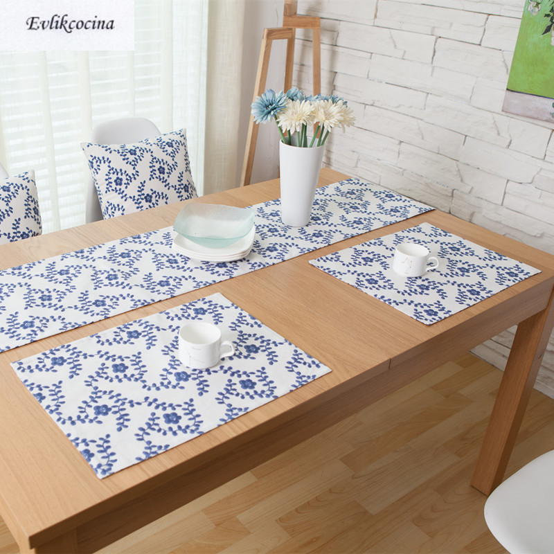 Free Shiping Blue Flowers Placemat Dining Table Coaster Cloth Insulation Coffe Tea Cup Pad Kitchen Mantel Individual For Table