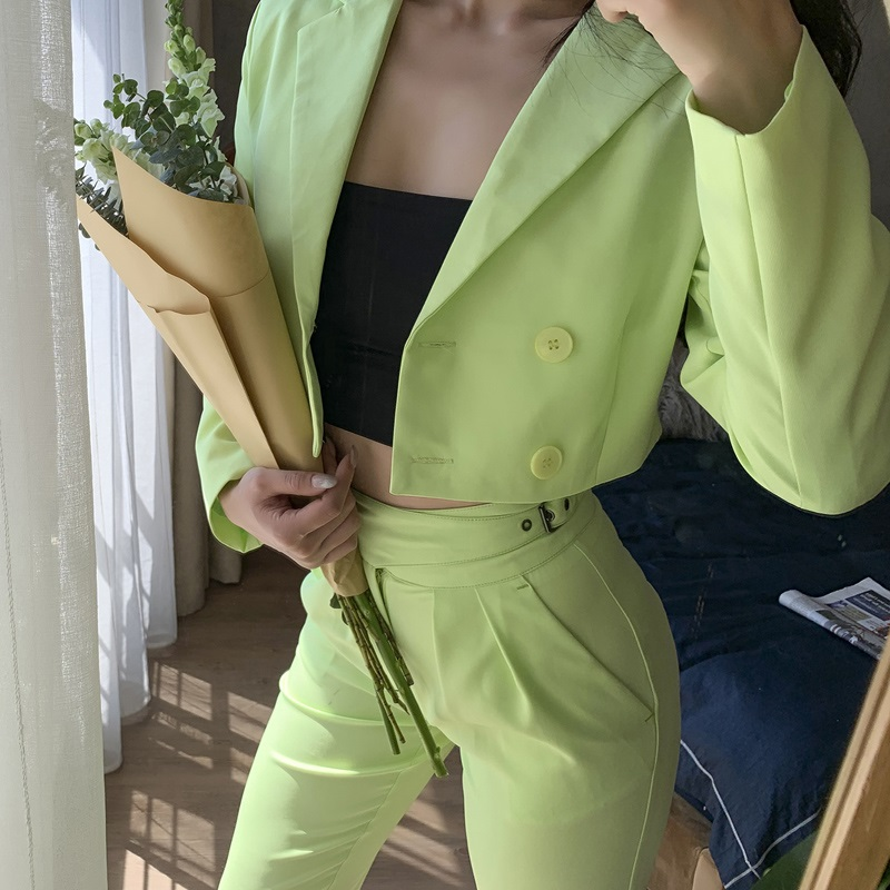 2019 Summer Apple Green Pant Suits Short Blazer And Slim High Rise Pants Shoulder Pads Double Breasted 2 Pieces Women Suits