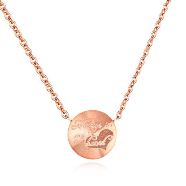 Лидер продаж Нержавеющаясталь покрытие из розового золота диск выгравировано имя Цепочки и ожерелья для Для женщин Валентина