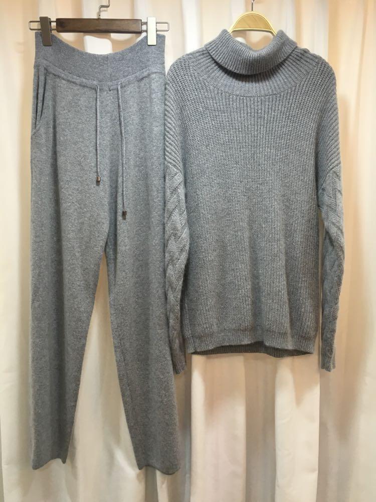 2017 survêtements précipités hiver nouveaux ensembles de cachemire pour femmes de couleur kaki pull en laine à col haut et pantalons décontractés