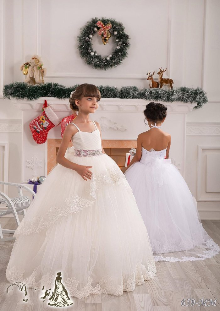 Beautiful Flower Girls Dresses for Weddings Spaghetti Beads Applique Bow Tiered Tulle Kids Formal Wear Custom Made Free Shipping