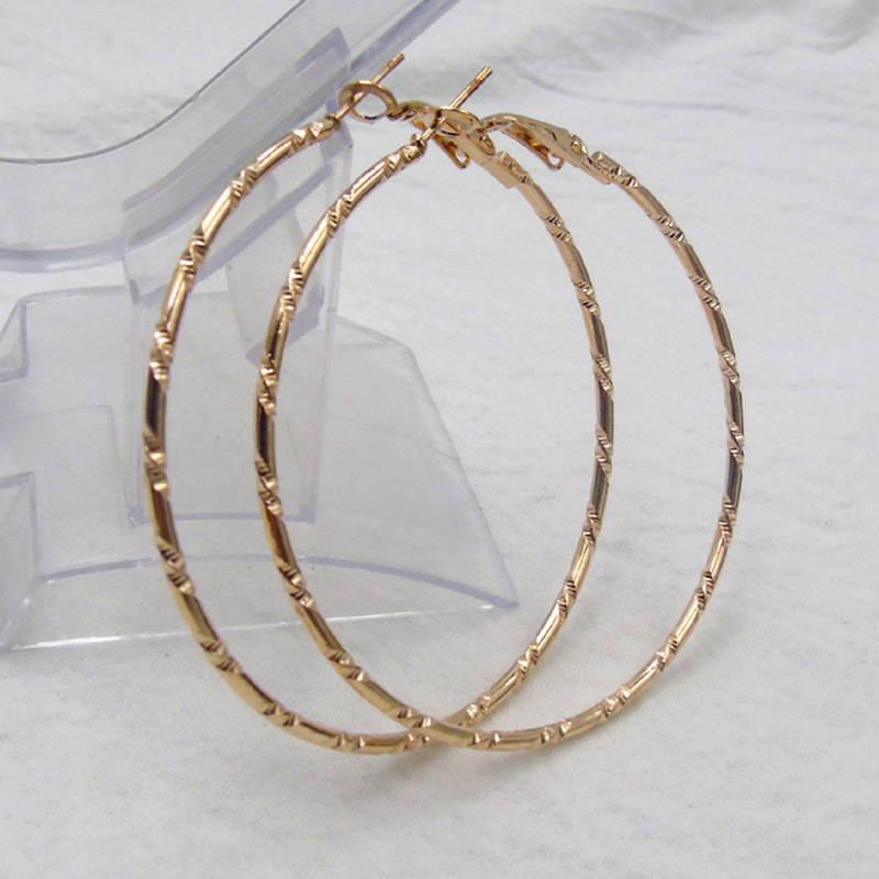 Fashion Jewelry 2 Color Big Hoop Earring For Women Simple Carved Large Circle Round Loop Earrings Statement Accessories Jewelry