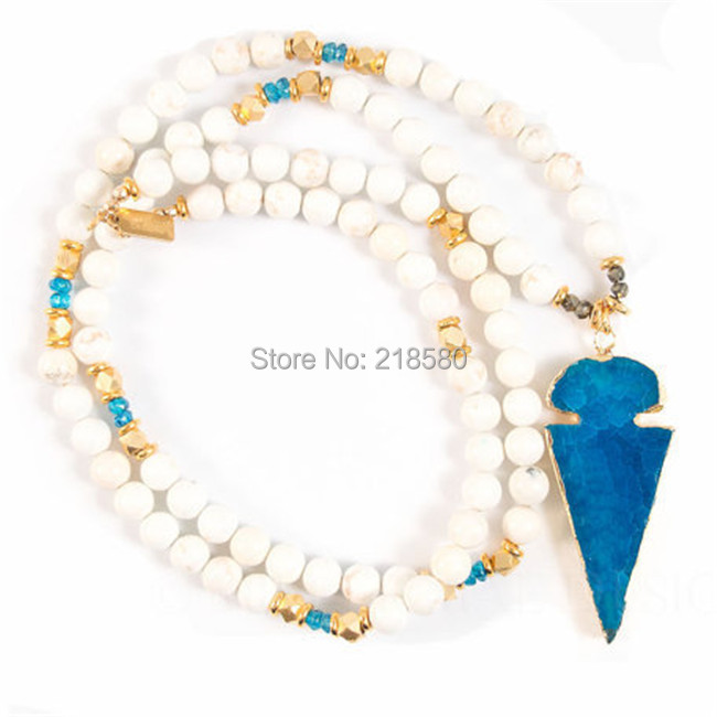 N15013105 Bohemian Jewelry Howlite White Howlite Beaded Blue Onyx Arrowhead Pendant Necklace nc 5364 women s bohemian style delicate floral necklace w pendant golden blue 26cm