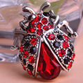 Blucome Silver Plated Red Ladybug Women Lovely Insect Scarf Jewelry Clips Pins Rhinestone Crystal Paved Small Cute bijoux broche