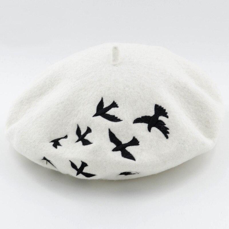 Gorros de invierno para mujeres boinas de lana tejida Boina mujer bordadas  golondrinas patrón boinas gorros Baret gorros cálidos Boina femenina en  Boinas de ... 60056c23af0