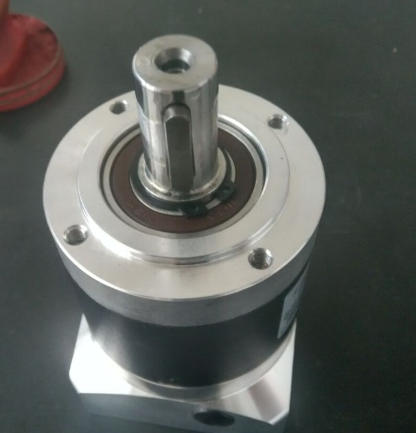 high quality! 130 round flange servo motor reducer length 159.5 mm ratio 3:1 4:1 5:1 6:1 8:1 10:1 can choose