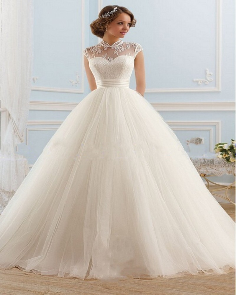 Short Ball Gown Wedding Dress With Sleeves