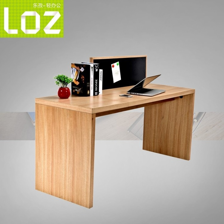 Simple Wood puter Desk