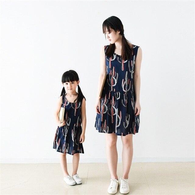 Семья установить рукавов хлопок Кактус завод печати свободные беременные одежда мать и дочь платья мама девушки летом случайные платье