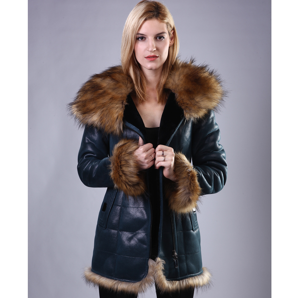 Women Coat Artificial sheepskin Raccoon Dog Fur Faux Leather Hooded collar Lady suit coat Direct supply