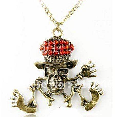 Free shipping Wholesale Vintage Pirate Skull funny doctor dance Long Necklace Hot fashion Jewelry Lowest price