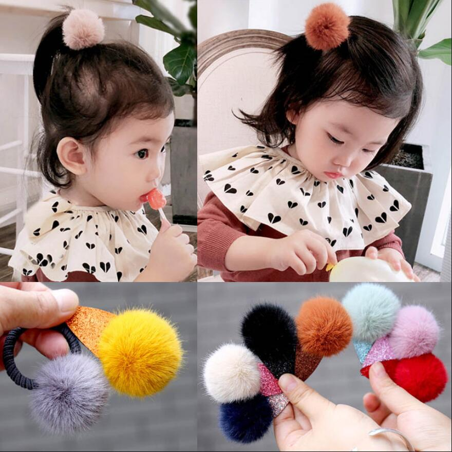 5 PCS// Set//Pack Bow Flower Star Fur Pompom Ball with Covered Hair Clips Pins