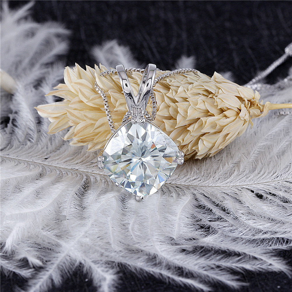 moissanite pendant- silver necklace (3)