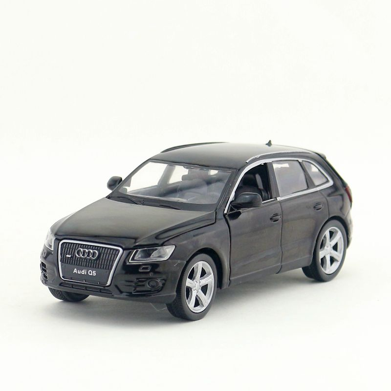 Free Shipping/Diecast Toy Model/1:32 Scale/Audi Q5 Sport SUV Car/Pull Back/Sound & Light/Educational Collection/Gift/Children
