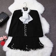 Real Shooting Small Fragrant Wind Black Beads Pearl Diamond Woolen Shawl Coat + Mermaid Short Mini Skirt Women's Set Skirt Suits