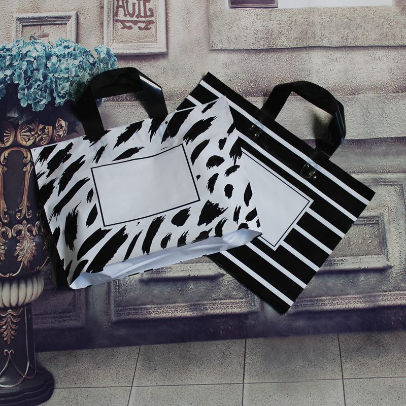 3 Sizes 50 PCS/lot  Large Black Stripes Wedding Party Gift Bag Handle Plastic Gift Bag ,Plastic Shopping Bag