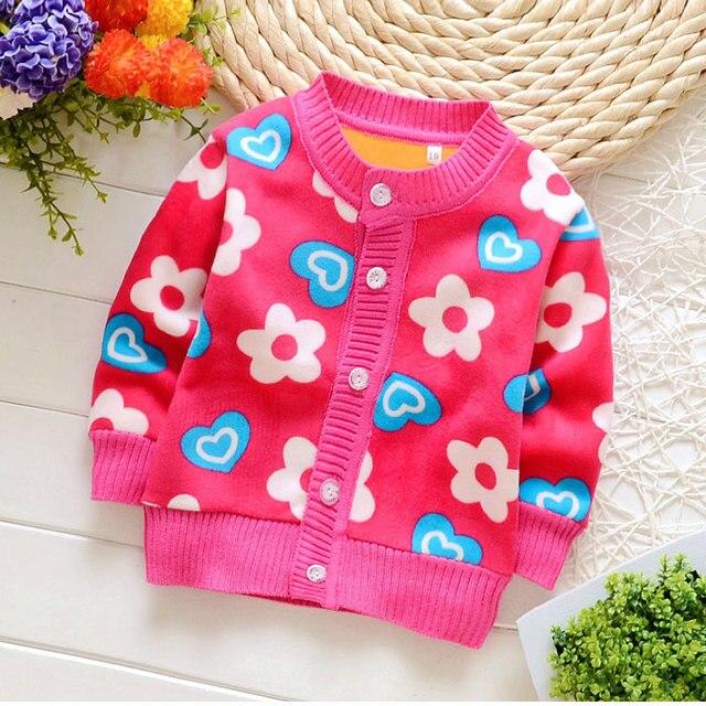 0-2Y новорожденных девочек одежда плюс бархат свитер весна осень 2017 бренд печати любовь новорожденных девочек одежда пальто свитера