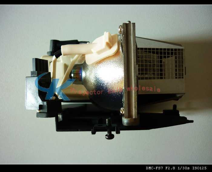 все цены на Projector Lamp Bulb BL-FP180B / SP.82Y01G.C01 For OPTOMA  EP7150 онлайн