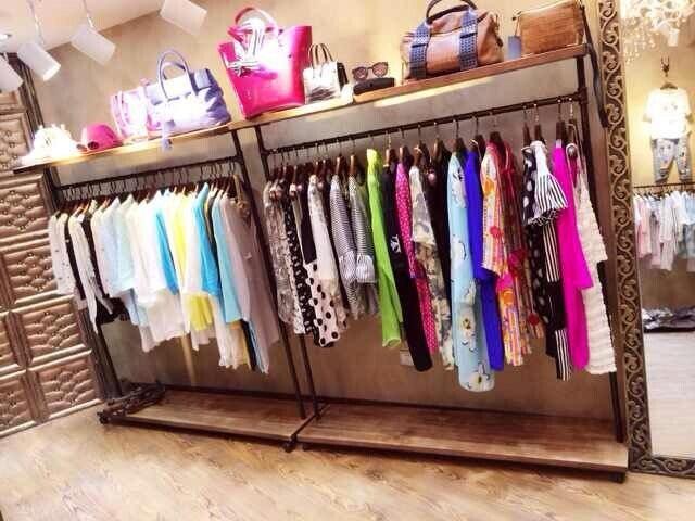 do the old wood vintage clothing store clothing racks shelf rack rh aliexpress com Teens Rolling Racks Shelves Teens Rolling Racks Shelves
