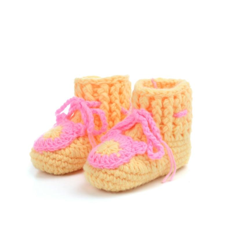 Asombroso Patrones Que Hacen Punto Los Zapatos De Bebé Libres Cresta ...