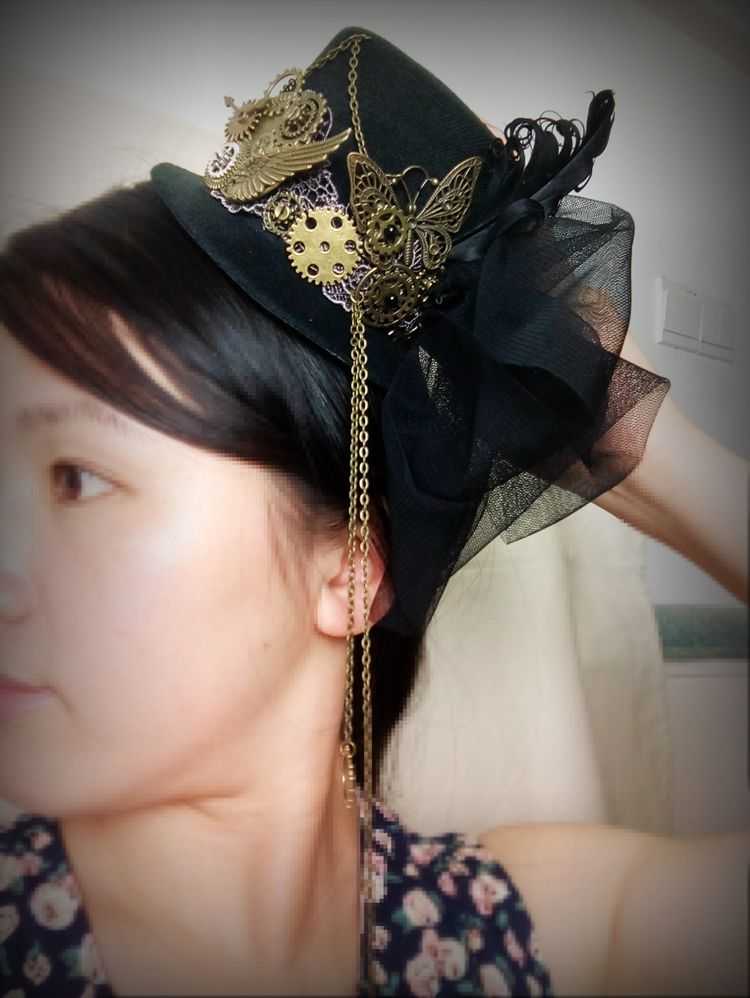 e90a59494f2cb Unique Stunning Black Steampunk Mini Top Hat Chains Bow Feathers ...