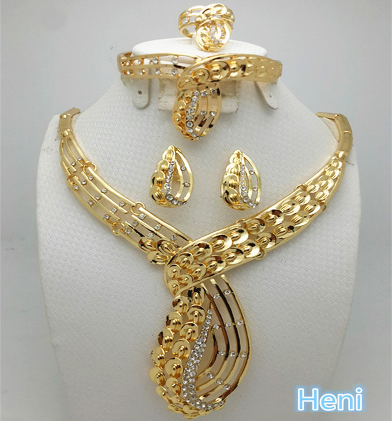 2016 Fashion Dubai Gold Color Jewelry Set Nigerian Wedding African Beads Earrings Necklace Set Rose Whtie Gold Jewelry set