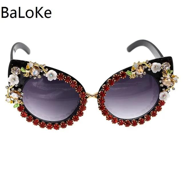 2019 New Fashion Baroque Women Girl Flower Cat Eye Sunglasses Retro Brand Sexy Crystal Sunglasses Summer Beach Sun Glasses