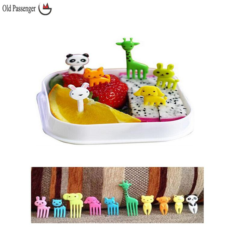 Old Passenger _ New Animal Farm mini cartoon fruit fork sign resin fruit toothpick bento lunch for children decorative(China (Mainland))