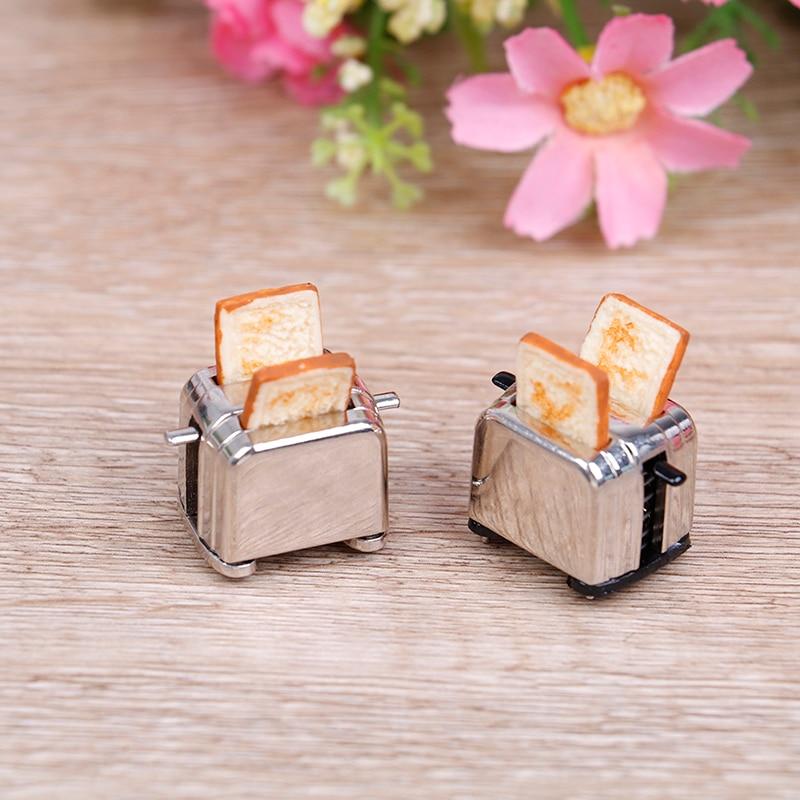 Dollhouse Mini Bread Machine With Toast Miniature Dollhouse Accessories Cute Decoration Toaster 1/12 Scale