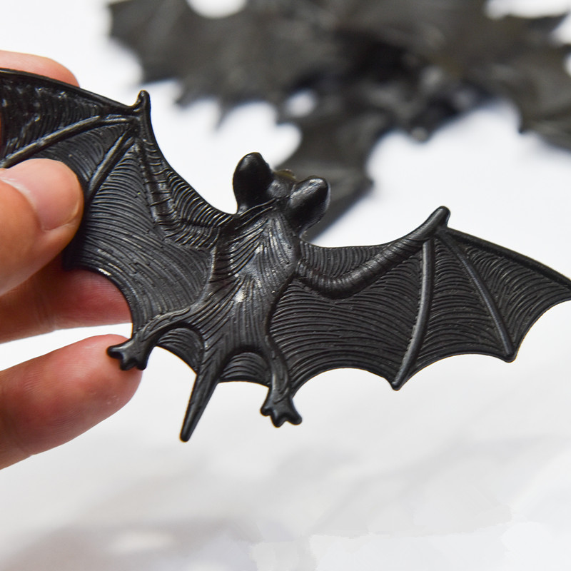 New Arrival Halloween Toys Halloween Funny Joke Prank Bat Wall Hanging Halloween Masquerade Party Decoration
