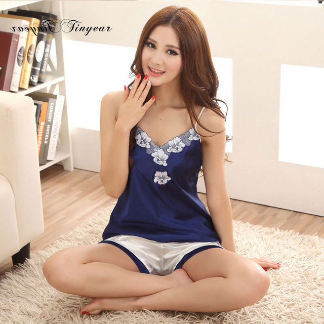 Nuevas mujeres elegantes del verano pijamas sexy de encaje floral bordado Con Cuello En V sin mangas más el tamaño de satén ropa de dormir ropa interior de color azul