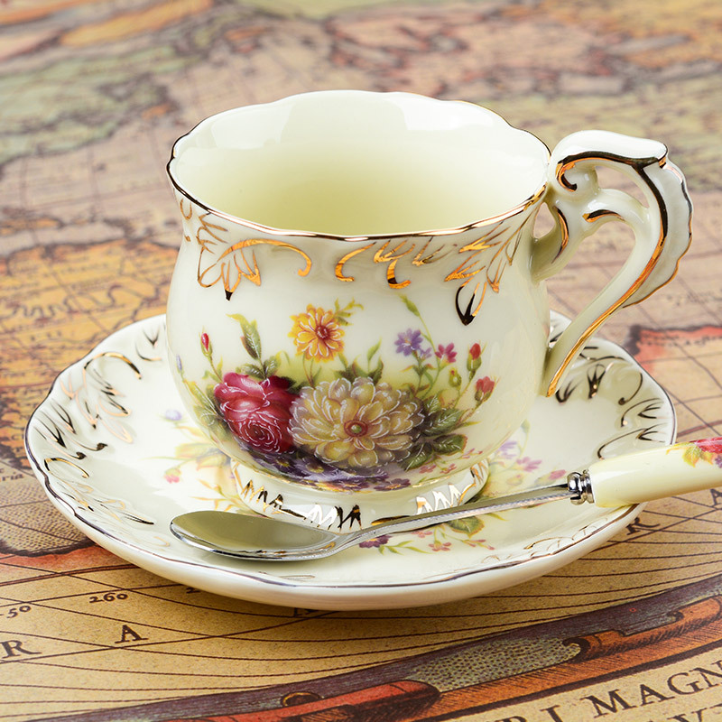 European - style ceramic cups 3 sets of creative bone china English coffee cup disc afternoon tea cups 200ML serveware