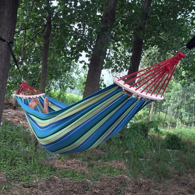250*150cm 2 People Outdoor Canvas Camping Hammock Bend Wood Stick steady Hamak Garden Swing Hanging Chair Hangmat Blue Red 1