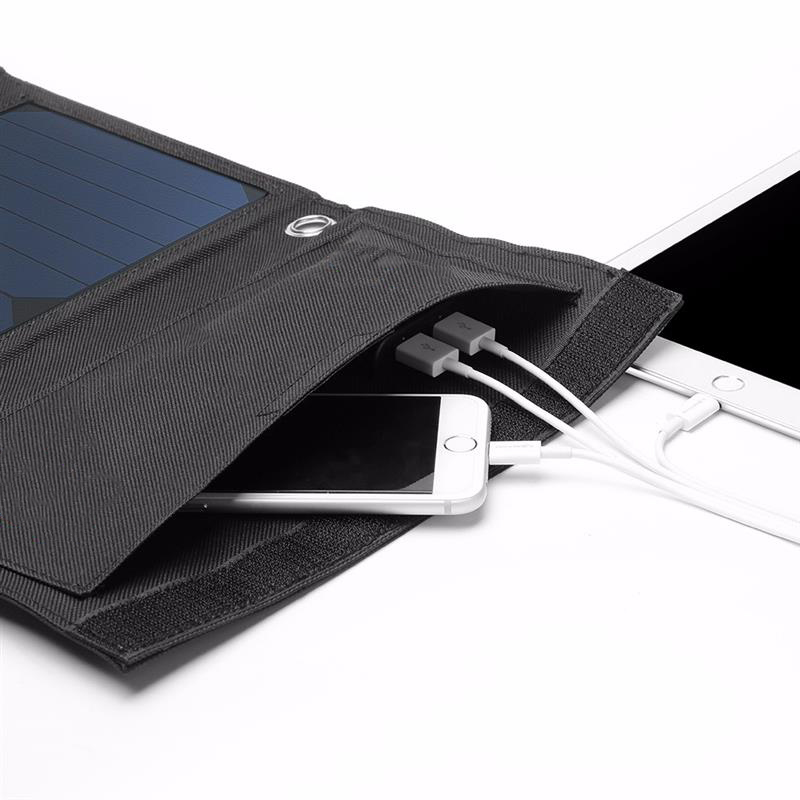 Wholesale 12PCS/Lot 5V 22W High Efficiency Solar Panel Charger Fordable Solar Cell Charger Dual USB Output Broad Compatibility