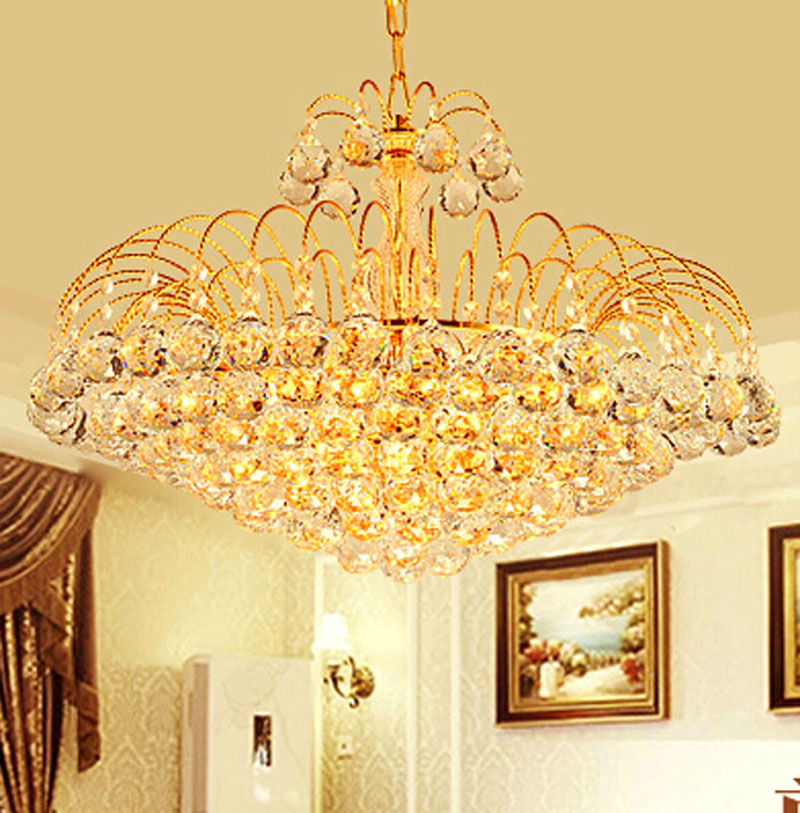 European chandelier gold restaurant chandelier crystal chandelier European style lamp bedroom lamp living room lamp lamp luxurious crystal pendant lamp the european style living room lamps and lanterns creative bedroom crystal chandelier