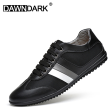 Men's Shoes Fashion Leather Gommino Comfortable Men Casual Shoes Flats Lace Up Genuine Leather Man Soft Mesh Sneakers недорого