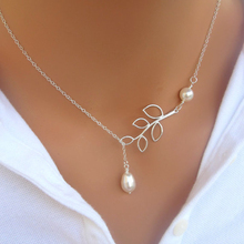 2018 Hot New Fashion Cross Leaves Simulated Pearl Pendant Necklace Maxi Statement Necklace Chokers Necklaces For Women Jewelry