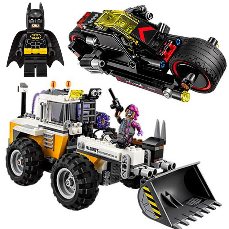 07082 584Pcs Batman Movie Two-Face Double Demolition Navvy Bat Rooter Building Blocks Bricks Toys Gift For Children 70915