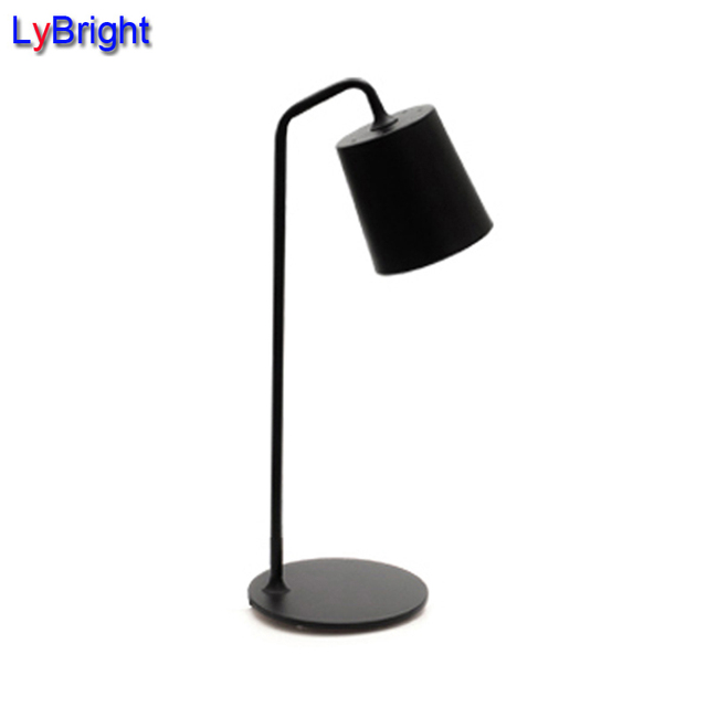 Carbon Steel E14 Table Lamp Light Fashion Creative Bedside Lamp Simple Modern  Bedroom Decor Black/