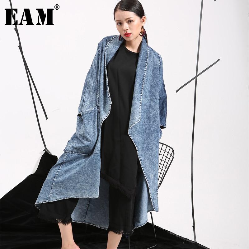 [EAM] 2019 Spring New Double Pockets Windbreaker Woman Bat Sleeve Denim Cotton Loose Big Size Long Jacket Thin Coat W0205