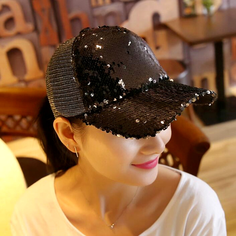 2017 1Piece Baseball Cap Women's Adjustable Cap Casual leisure hat Reflective Sequins Fashion Snapback Summer Fall hat casquette 2017 fashion female summer anti hat leisure wild wild cap fashion 5 hot drill bunny hat