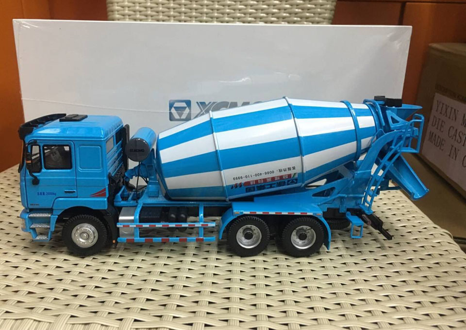 XCMG MAN Schwing Concrete Mixer Truck Construction Machinery 1:35 Scale