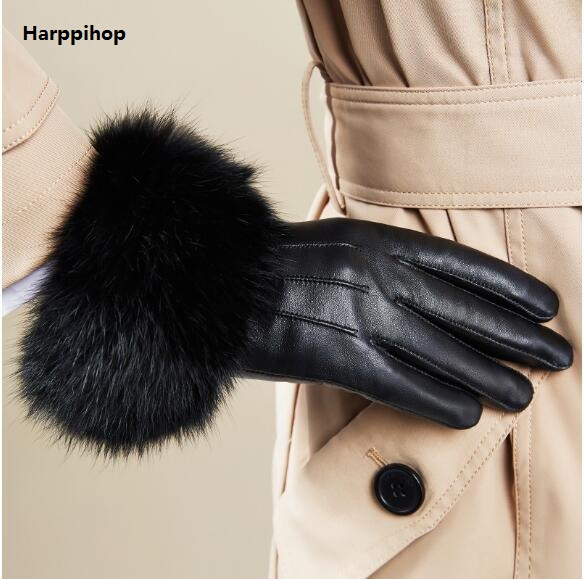 Leather Gloves Female Winter  The Cashmere Touch Screen Leather Gloves Women's Real Rabbit Fur Rabbit Hair Mittens  HP513-02