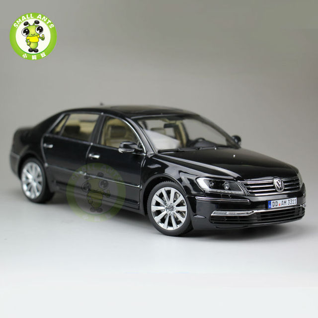 1:18 Scale VW Volkswagen Phaeton W12 6.0 Volkswagen Diecast Welly GT Autos 11004 Model Black