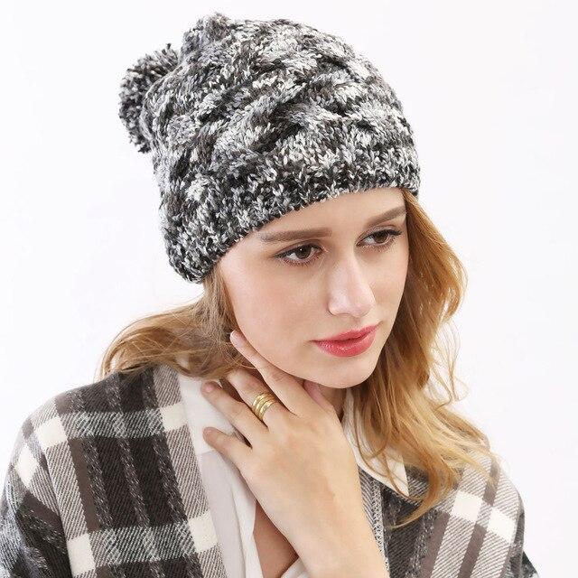 Corea hotsale mujeres gruesas Hilado sombrero hecho punto hecho a mano  sensación cálida Niñas otoño Hilado bola sombrero de invierno gorros  sombreros gorro a768a5a15b6