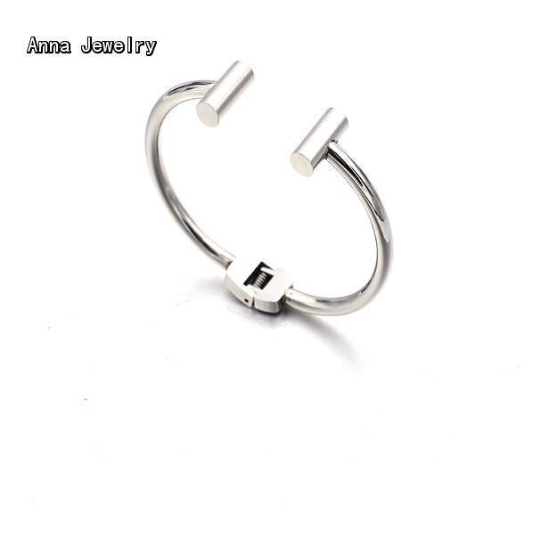 New Fashion Designer Cuff Bracelets Women Platinum Plated Bar Bracelet Bangle,Small Size Bracelet For Women Daytime Wear Jewelry