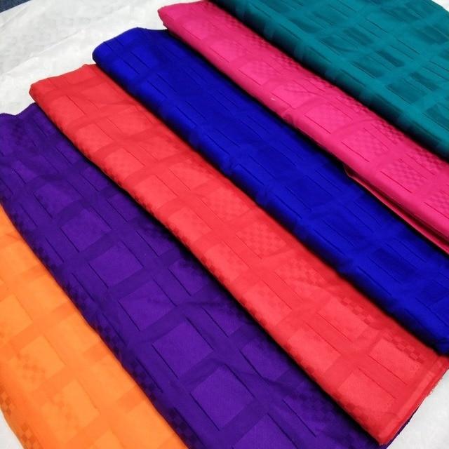 Africano Nigeriano svizzero del voile del cotone del merletto reale di 100% cotone atiku del merletto per il panno uomo atiku tessuto 5 yards per pezzo