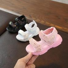 Новые модные летние сандалии с большим цветком; обувь для маленьких девочек; детские сандалии; мягкая детская обувь принцессы для девочек