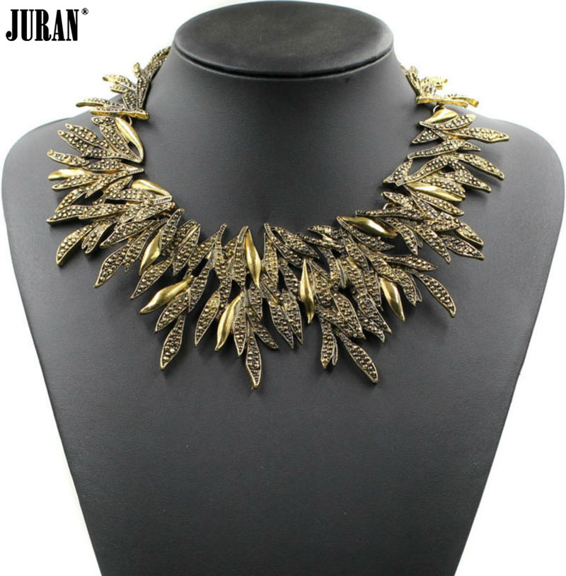 2017 New fashion statement Special Gold Leaves Necklaces Geometric Vintage Collar Bib Metal maxi choker for women Wholesale