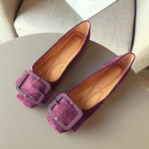 Image 1 - 2020 modne buty damskie wiosna jesień mieszkania miękkie Slip On kobieta balet pojedyncza klamerka do butów damskie damskie obuwie Plus size